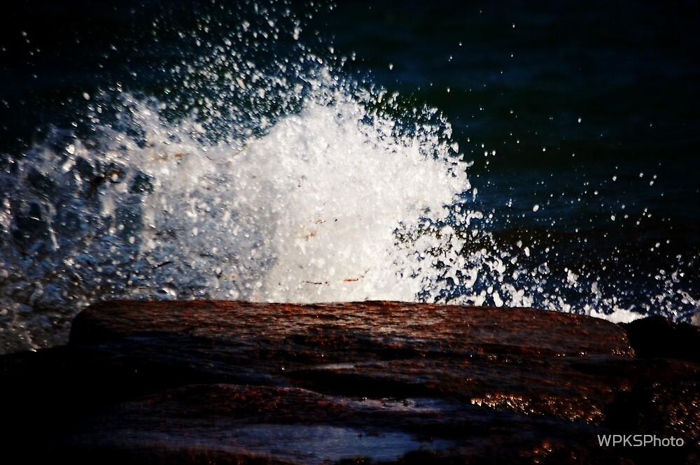 Water against Rocks by WPKSPhoto