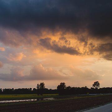 Rainy Sunset by lindsayosborne