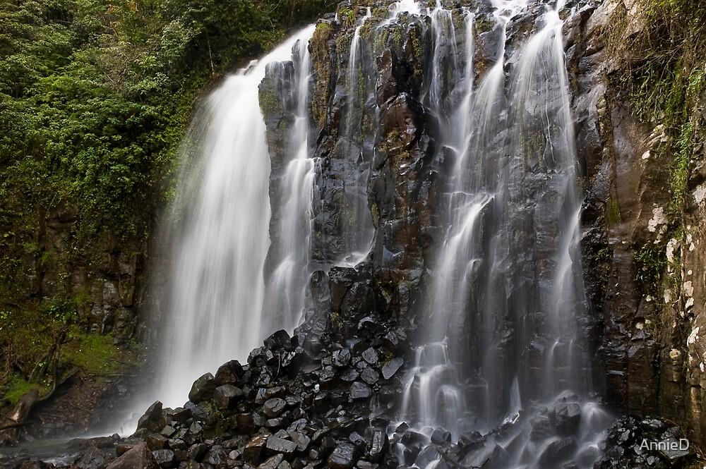 Mungali Falls by AnnieD
