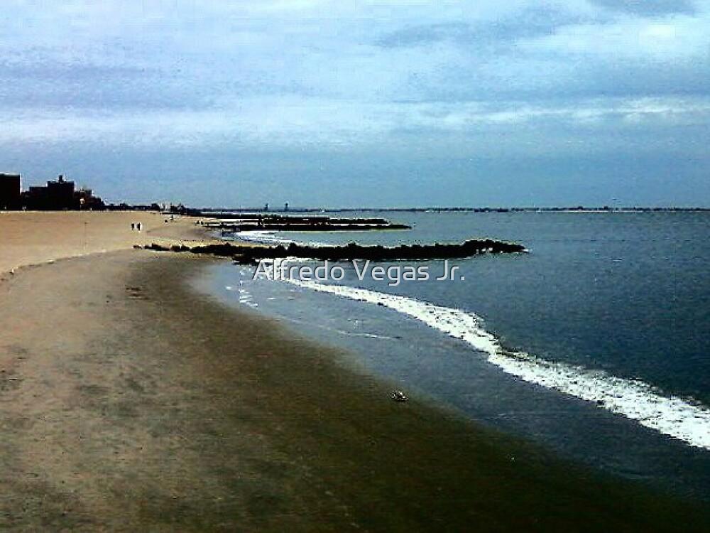 Low tide by Alfredo Vegas Jr.