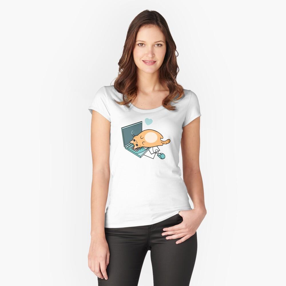 Nette Laptop-Katze Tailliertes Rundhals-Shirt