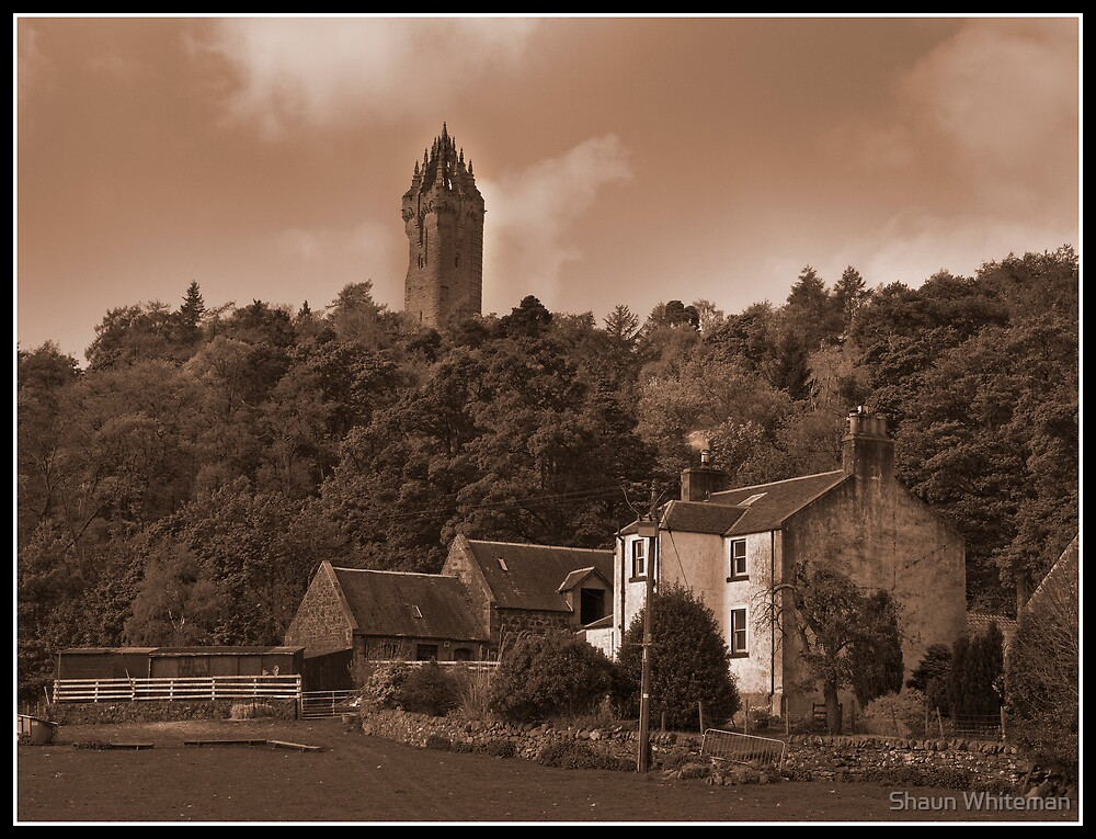 Wallace monument at Stirling by Shaun Whiteman