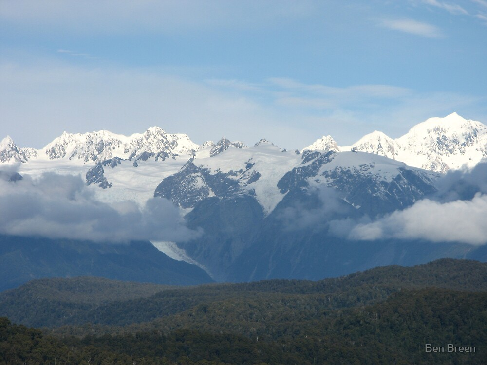 Snow topped mountains in NZ by Ben Breen