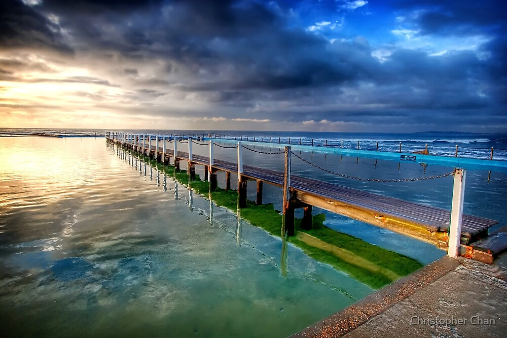 Narrabeen Rock Pool by Christopher Chan