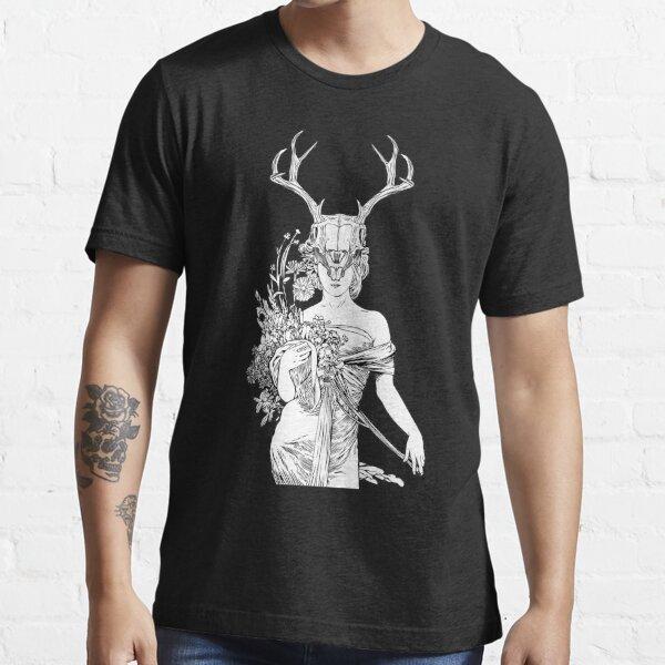 Witch Sorceress Deer Skull Essential T-Shirt