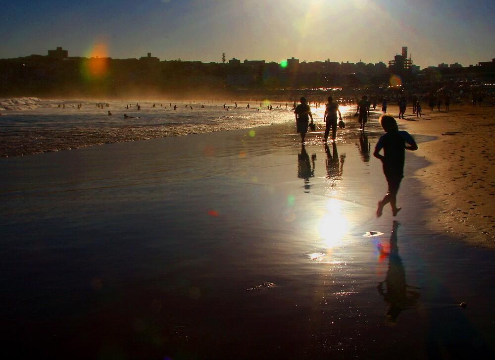 Sunset Bondi beach by Chris  Jee