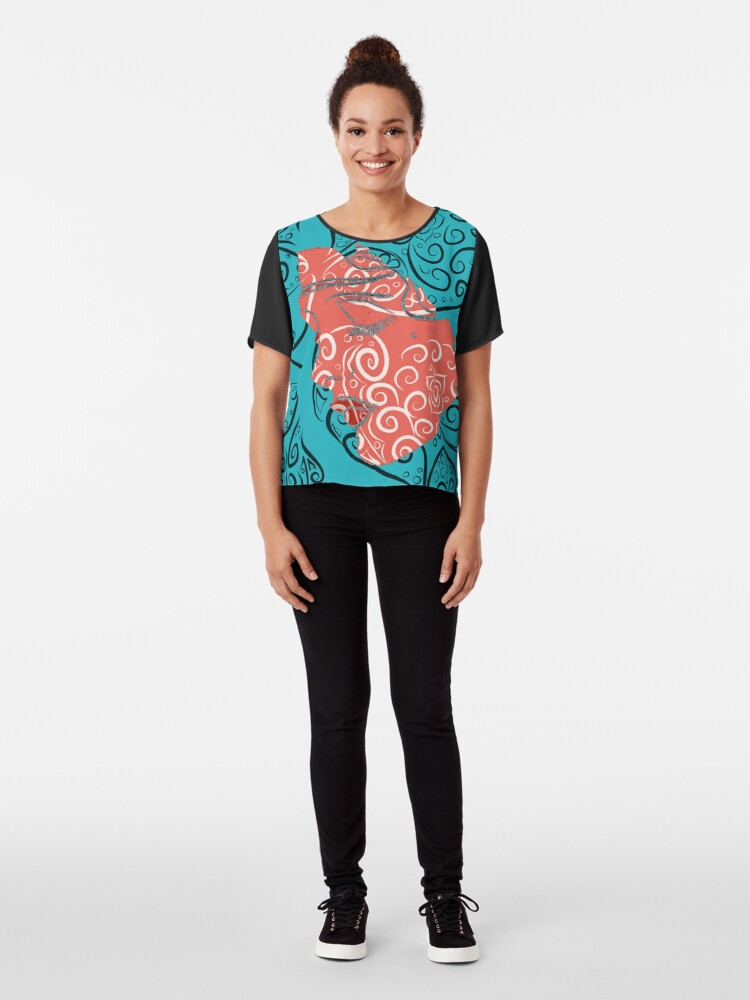Alternate view of OM Relax Pattern with Face Chiffon Top