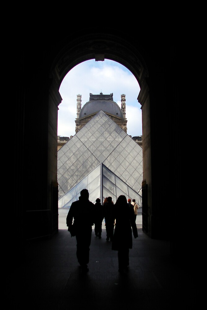 The Louvre by tristanmillward