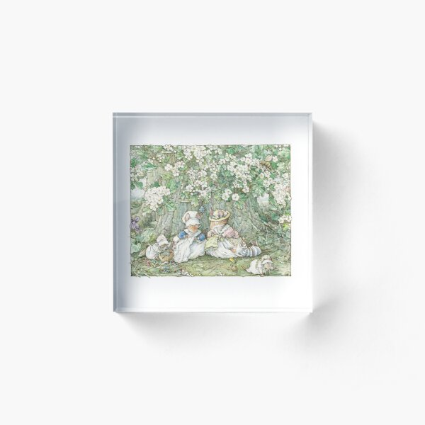 Brambly Hedge - Hawthorn blossom and babies Acrylic Block