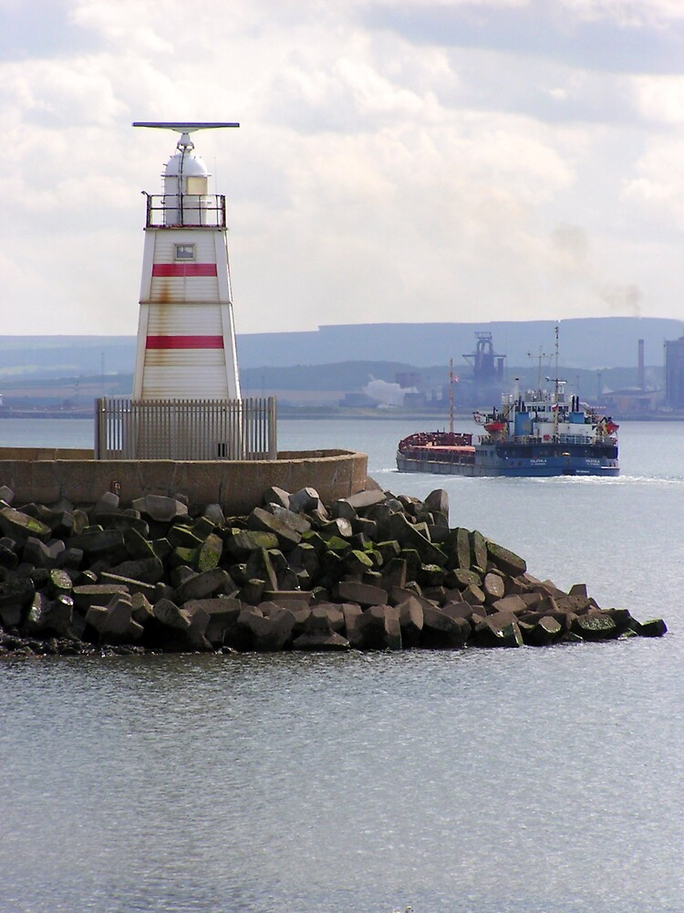 The Pilot Pier by ralphdot