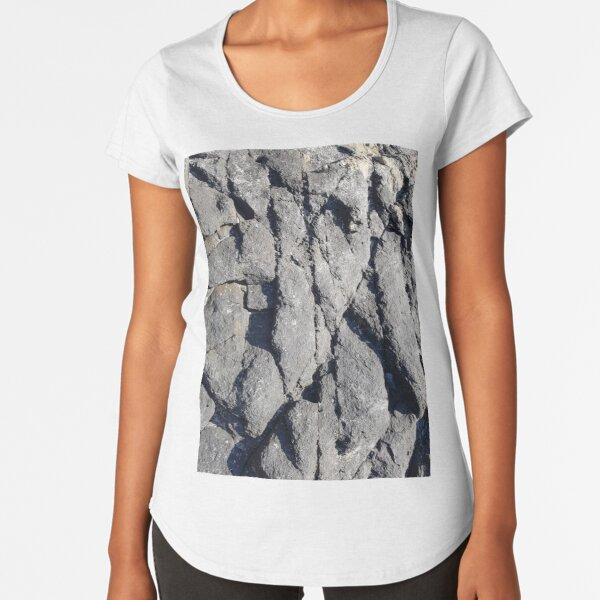Central Coast - Rocky Shore Premium Scoop T-Shirt