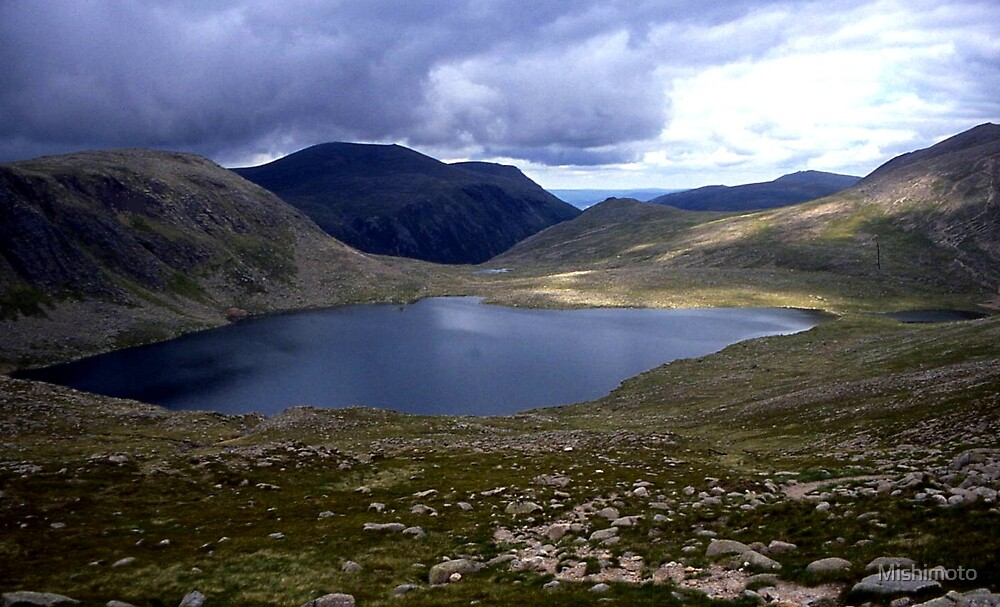 Loch Etchachan, Cairngorms UK by Mishimoto