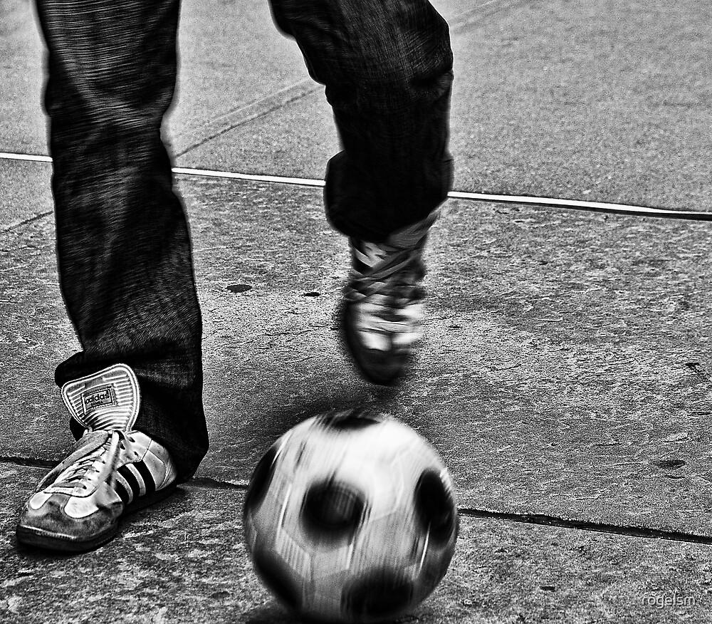 Street Soccer by rogelsm