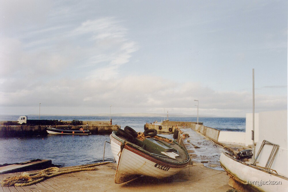 John o Groats Harbour by terryjackson