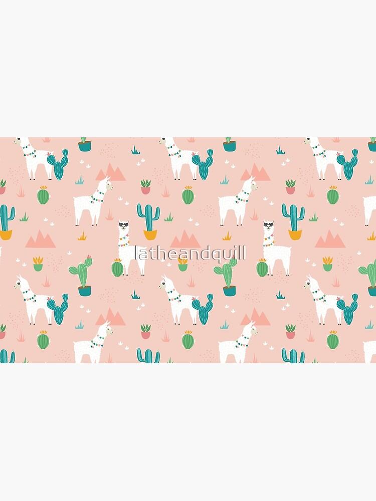Sommer Lama Pattern in Blush von latheandquill