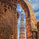 Qutub Tower by Abhishek  Pandey