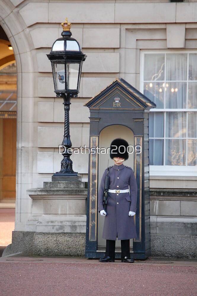Gaurds outside Buckingham Palace by Deathstar2009
