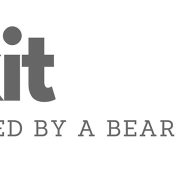 Exit, pursued by a bear (William Shakespeare) by FloatingGoat
