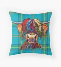 SCoTTiSH HiGhLaND CoW 'TurtaNeNly B' von SHiRLeY MacARTHuR Kissen