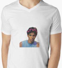 Junger Ralph Macchio T-Shirt mit V-Ausschnitt