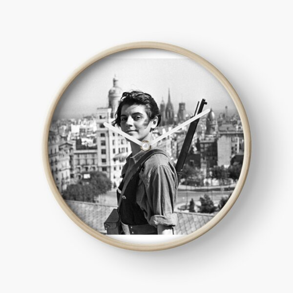 Marina Ginesta - The Left is Beautiful Clock