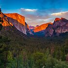Sunset Yosemite Tunnel View by photosbyflood