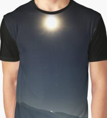 Lonely sun Graphic T-Shirt