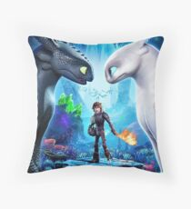 httyd 3 poster Throw Pillow