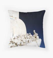 Padrao dos Descobrimentos Throw Pillow