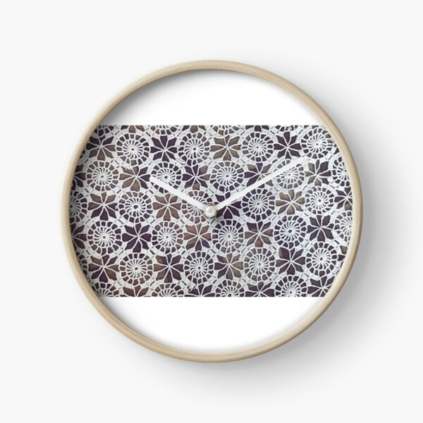 Vintage Retro Lace Pattern Clock