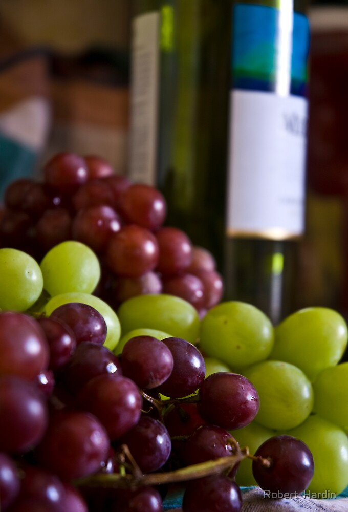 Great Grapes! by Robert  Hardin