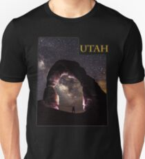 Utah State Outline - Delicate Arch in Arches National Park Unisex T-Shirt
