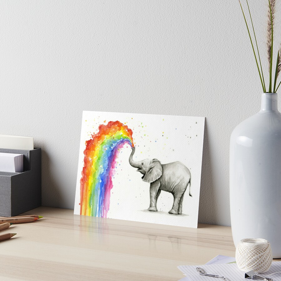 «Baby Elephant Spraying Rainbow» de Olga Shvartsur