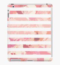 Vinilo o funda para iPad Modern vintage pink coral watercolor stripes