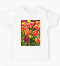 Masses of colourful tulips Kids Tee