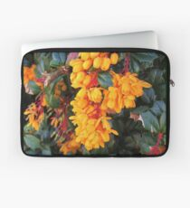 Berberis darwinii  Laptop Sleeve