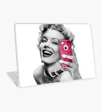 Selfie Marilyn Laptop Skin