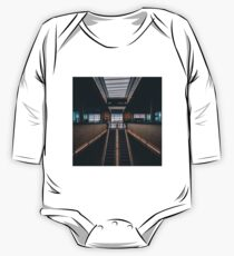 Airport terminal One Piece - Long Sleeve