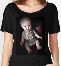 Creepy Doll, vintage doll, horror doll. Doll. Halloween. Gothic. Vintage.  Women's Relaxed Fit T-Shirt
