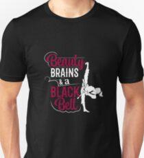 Camiseta unisex Cerebros de belleza y un cinturón negro 86f607eddde2e