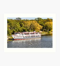 Cruising the Red River Art Print