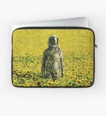 Stranded in the sunflower field Laptop Sleeve