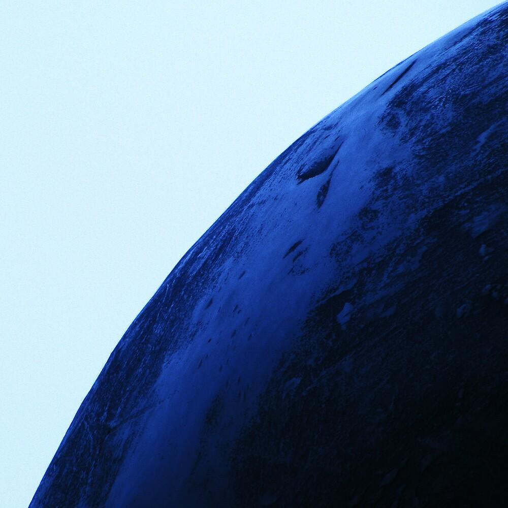 Blue(s) in the face: balls by fernandoprats