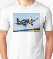 Goodyear FG-1D Corsair IV KD345 G-FGID cleaning up T-Shirt