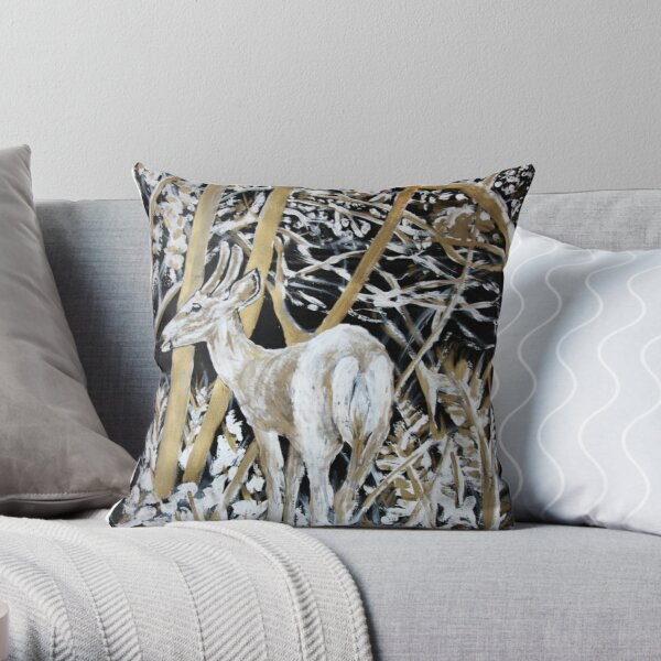 White-tailed deer at Bic park Throw Pillow