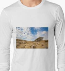 Enduring Acacia tree survives in the Desert Long Sleeve T-Shirt