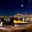 Story Bridge by Garry Schlatter