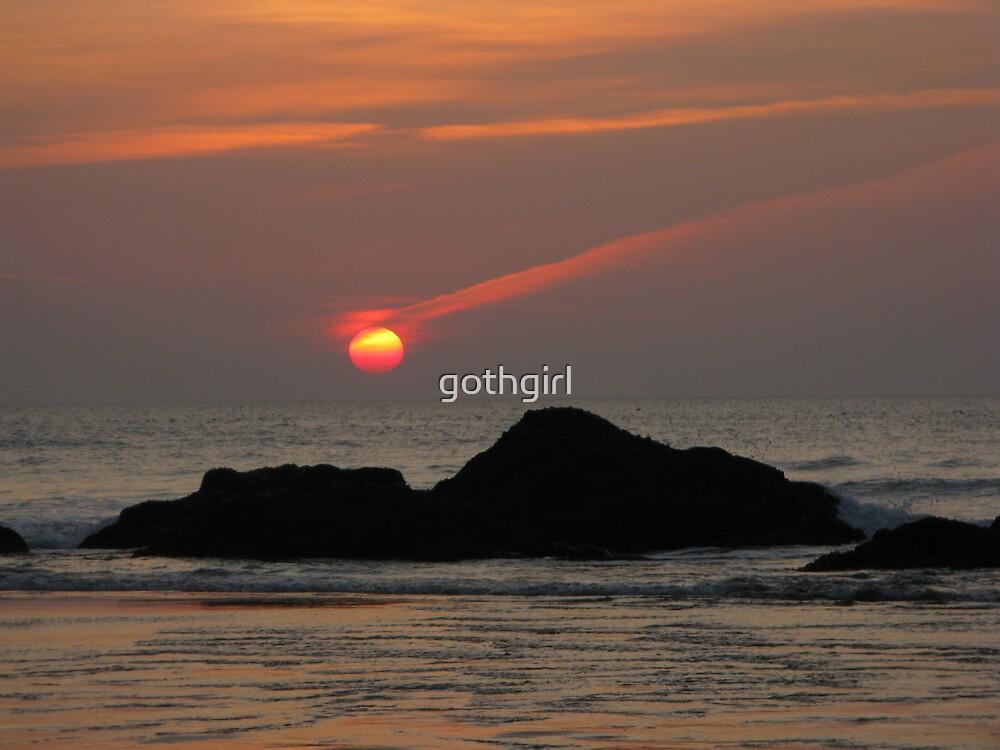 FALLING SUN by gothgirl