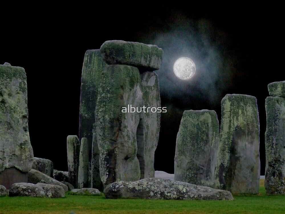 Stonehenge at Night. by albutross