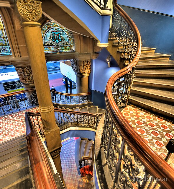 Off The Rails - QVB, Sydney - The HDR Experience by Philip Johnson